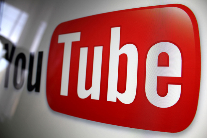 download YouTube videos on iOS